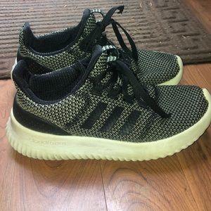 Adidas Tennis Shoes Boys Size 5